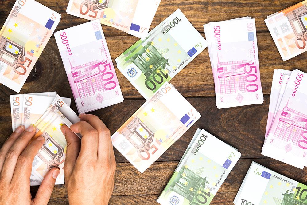 El Euríbor cierra abril en negativo y suma tres meses seguidos