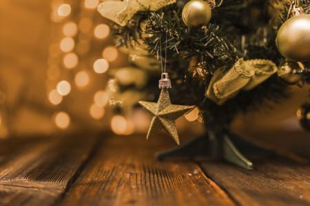 Árbol de Navidad | Decoración pisos en Albacete